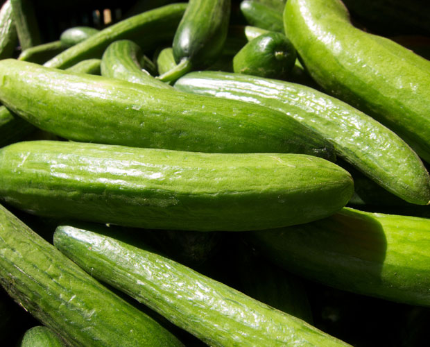Faire du jus de concombre avec un extracteur de jus - Faire des jus de legumes ...